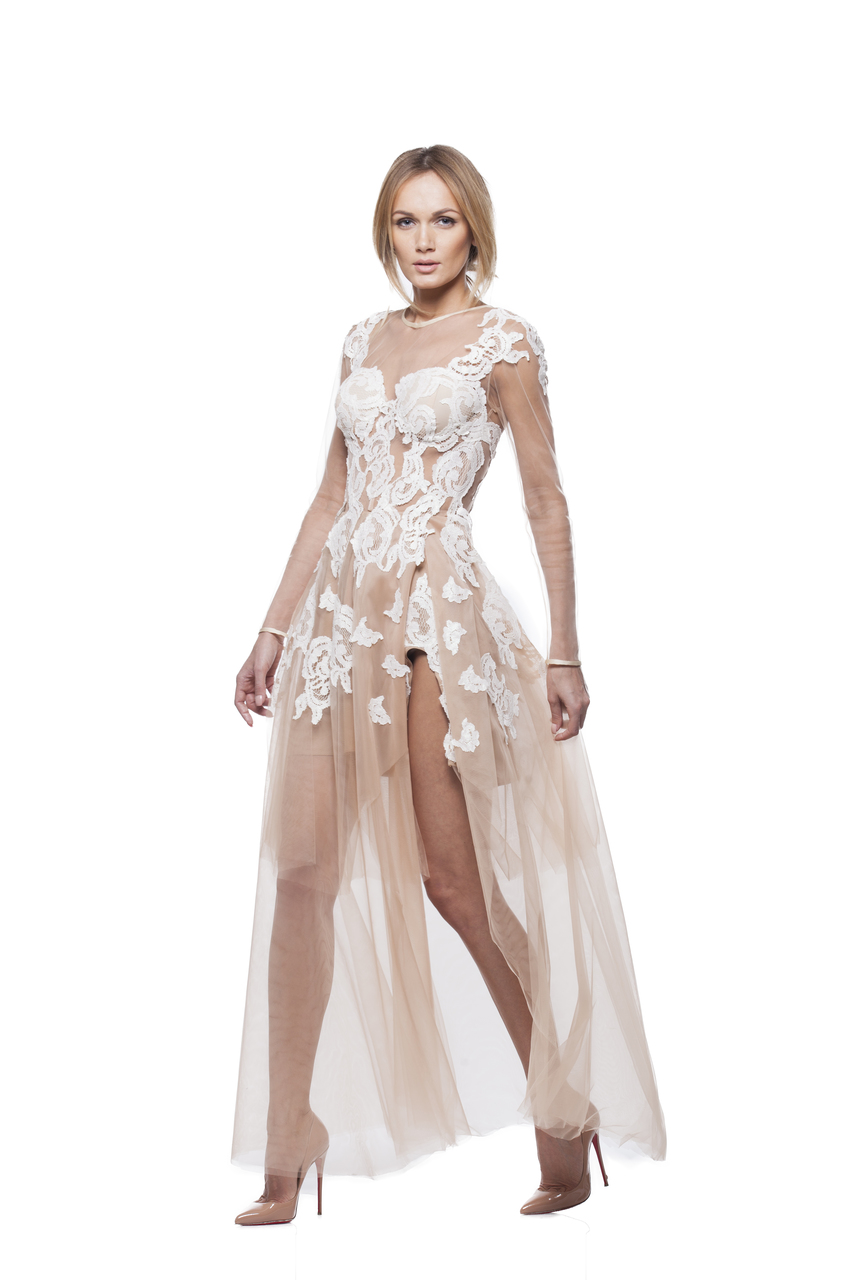 Red carpet dress with white lace embroidery norinast shop